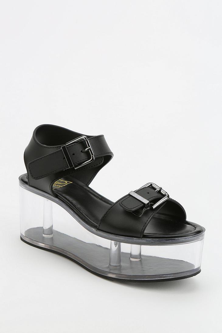 478e3bb0cd3d Lyst - Urban Outfitters Yru Qloud Clear Platform Sandal in Black