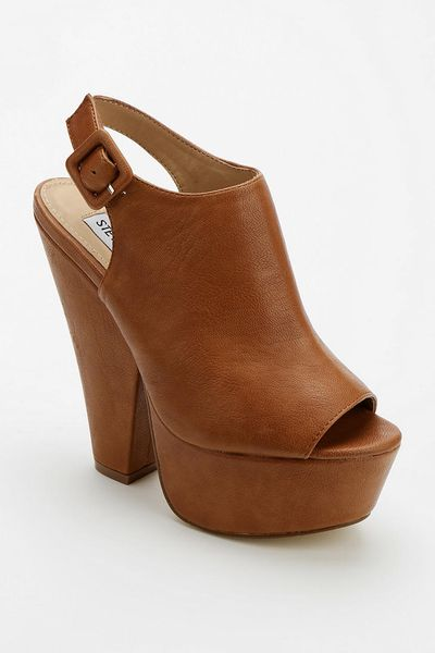 Urban Outfitters Steve Madden Gabby Platform Wedge In