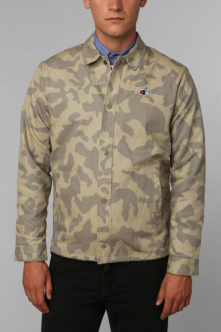 7e43a75e9ede1 Urban Outfitters Champion X Uo Camo Coachs Jacket for Men - Lyst