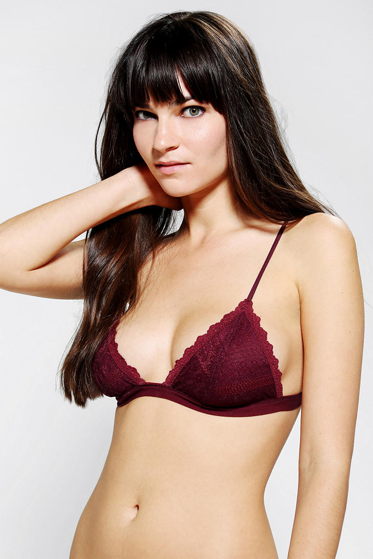 62ba6a6d8c7bf Lyst - Urban Outfitters Kimchi Blue Lace Triangle Bra in Red