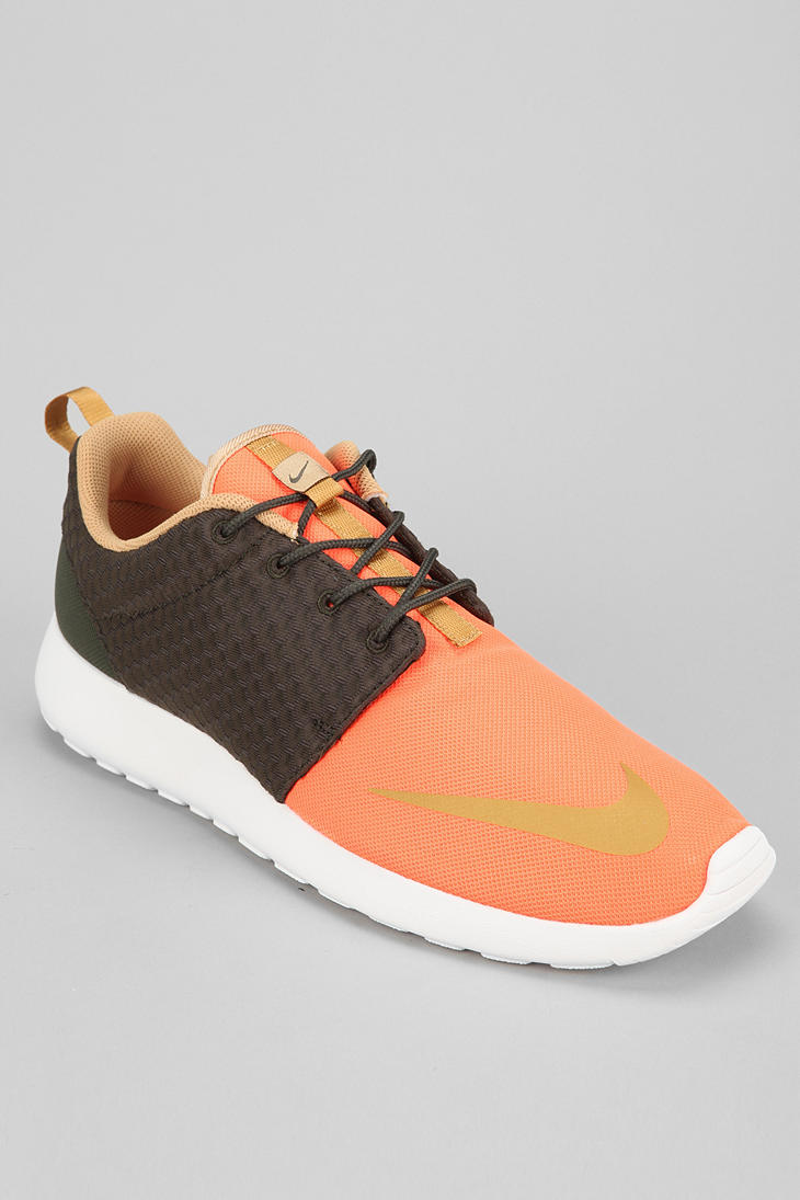 Urban Outfitters Nike Roshe Run Sneaker in Orange for Men