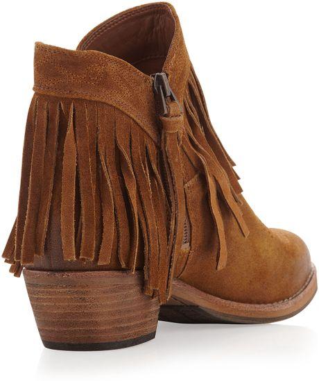 sam edelman sideney fringe ankle boot whiskey in brown 6