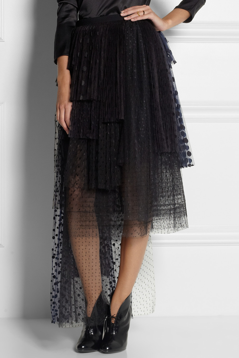 embroidered tulle black