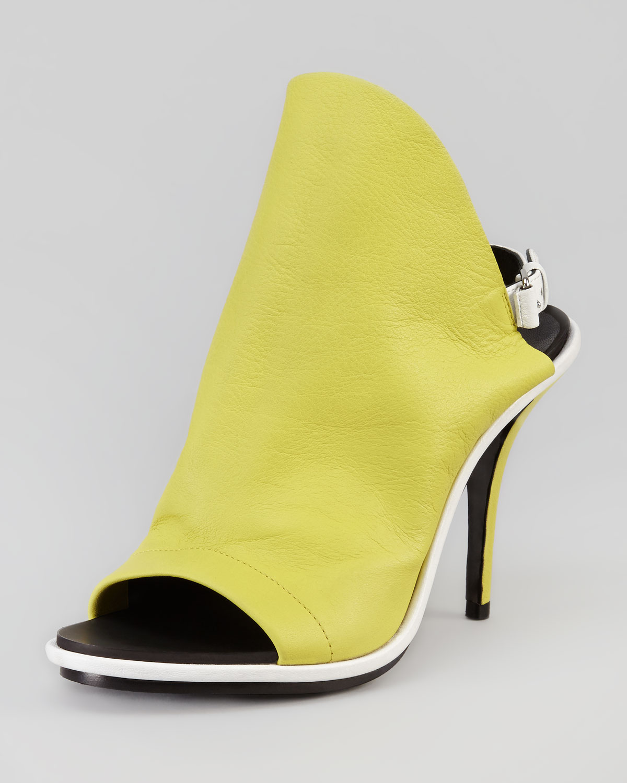 Balenciaga Glove Sandal Lime In Green Lyst