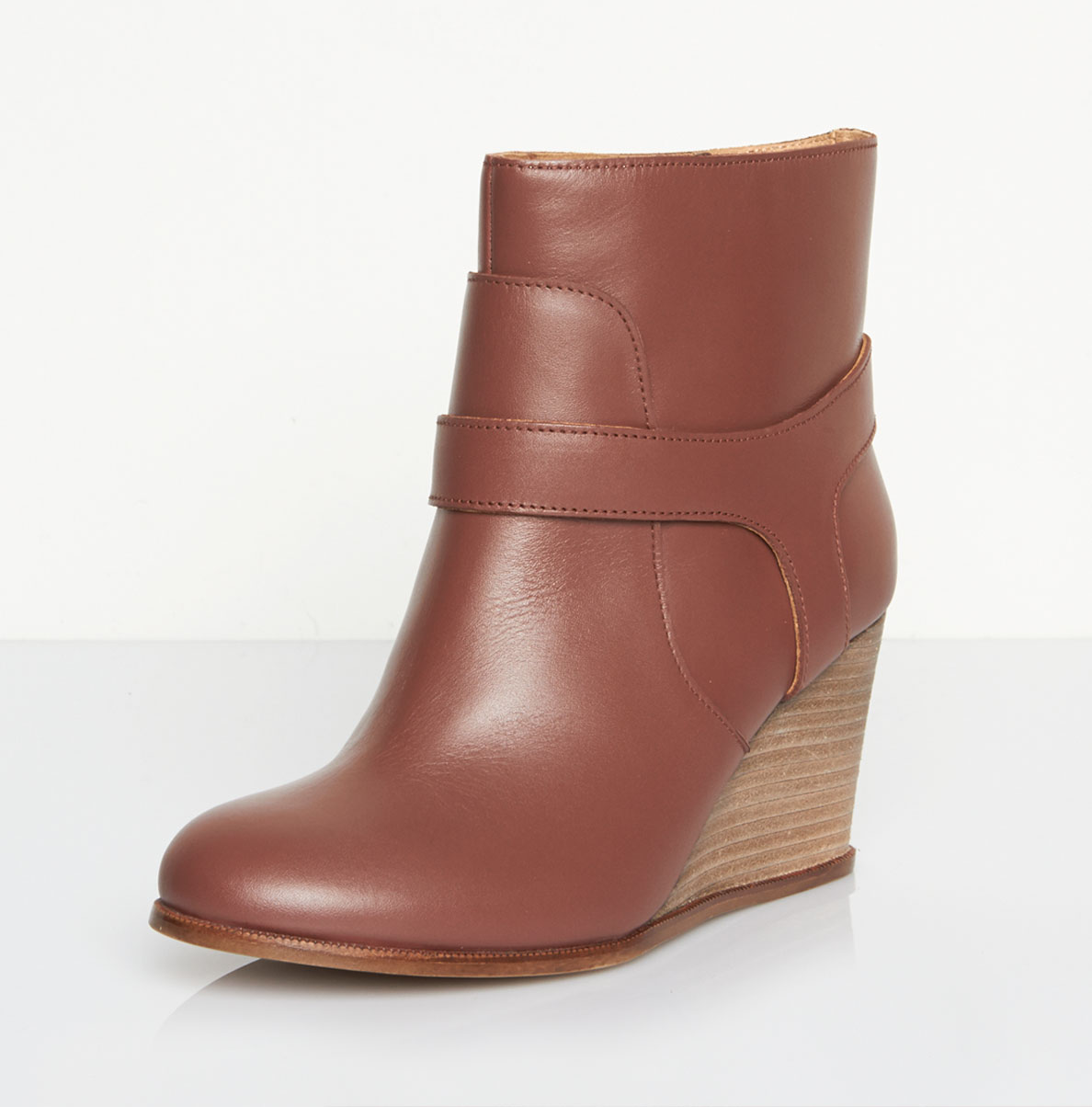 mm6 by maison martin margiela contrast wedge boot in brown