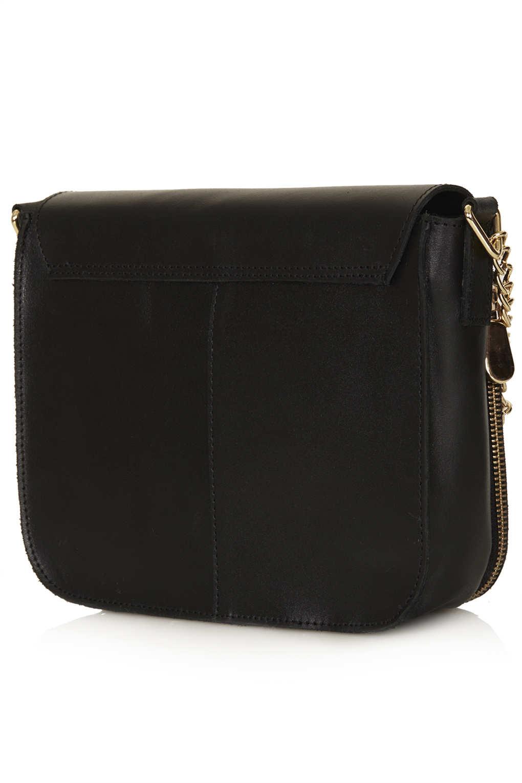 b64369299ce2 TOPSHOP Clean Chain Strap Crossbody Bag in Black - Lyst
