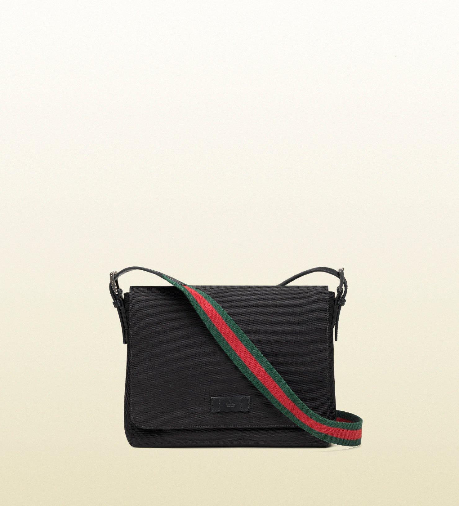 Gucci Black Techno Canvas Messenger Bag in Black for Men | Lyst