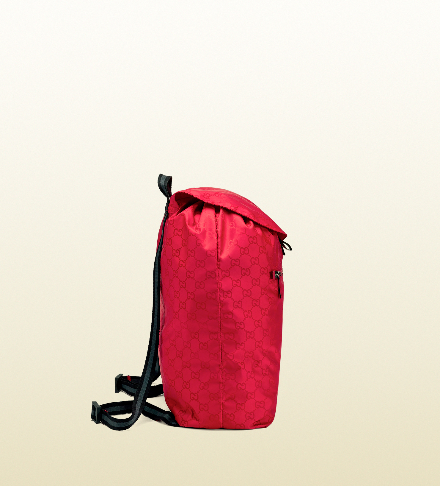 Gucci Gg Nylon Backpack From The Viaggio Collection in Red