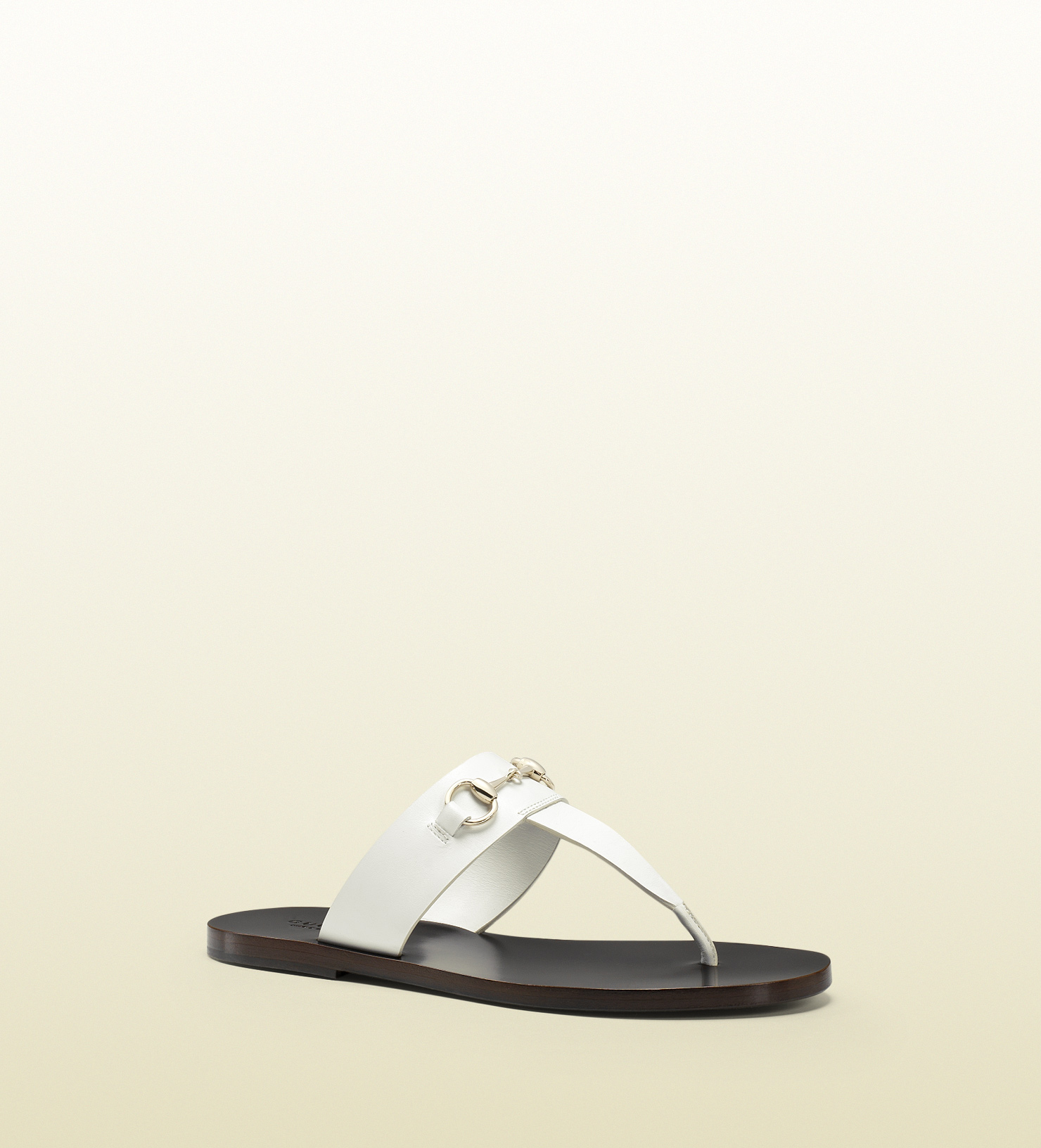 3c75933c4 Gucci Horsebit Leather Thong Sandal in White - Lyst