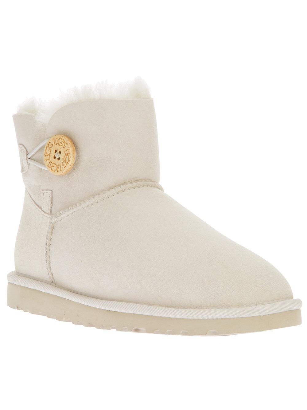 ugg bailey white