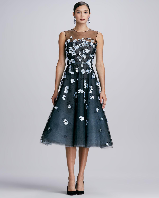 Oscar De La Renta Yoked 3d Floral Dress Blacktopaz In Blue