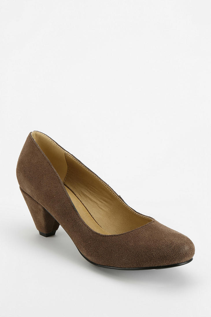138751c98f57 Lyst - Urban Outfitters BDG Suede Kitten Heel in Natural