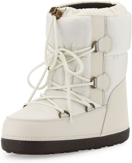 Moncler Short Quilted Snow Boot Cream In White Cream Lyst