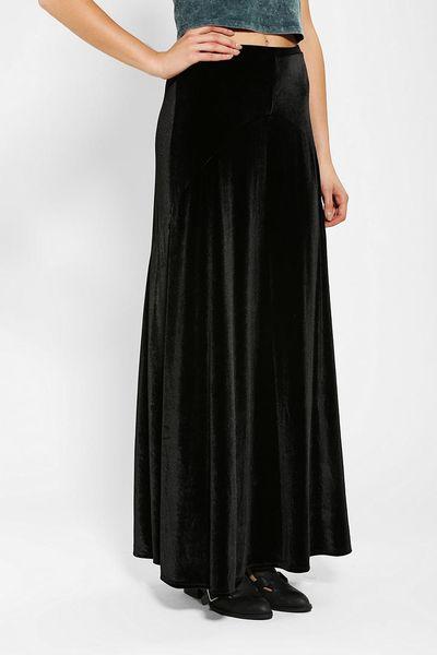 outfitters ecote halfmoon velvet maxi skirt in black