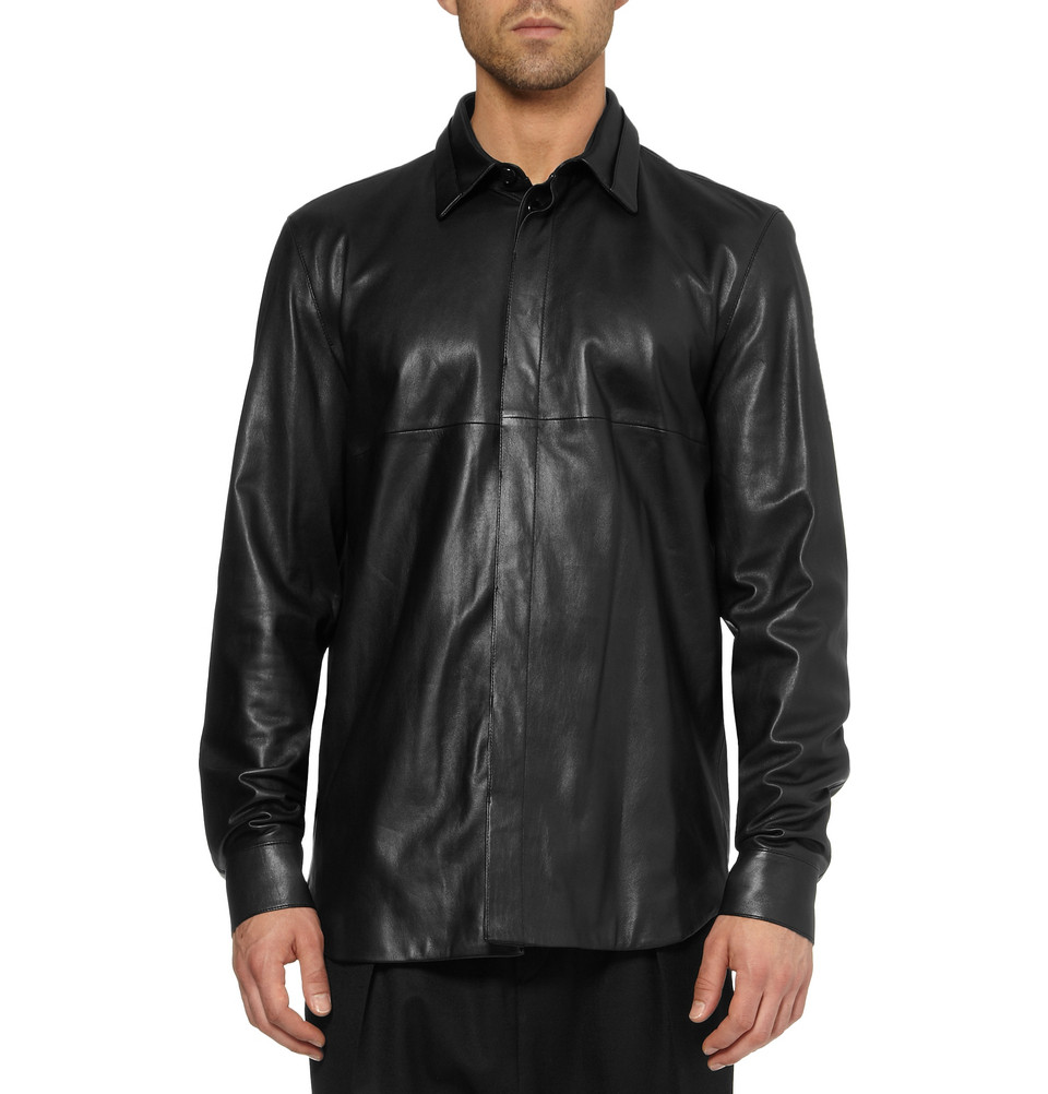 Soft and comfortable men's lambskin leather snap up shirt. Denim shirt styling with features that include 2 front snap chest pockets, adjustable double snap cuffs, a full snap up front and a full nylon lining/5(14).