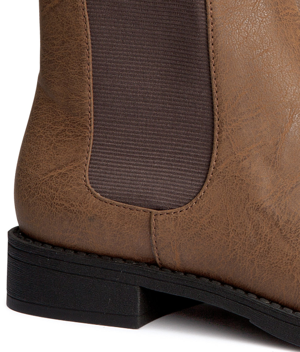 H&M Chelsea Boots in Brown