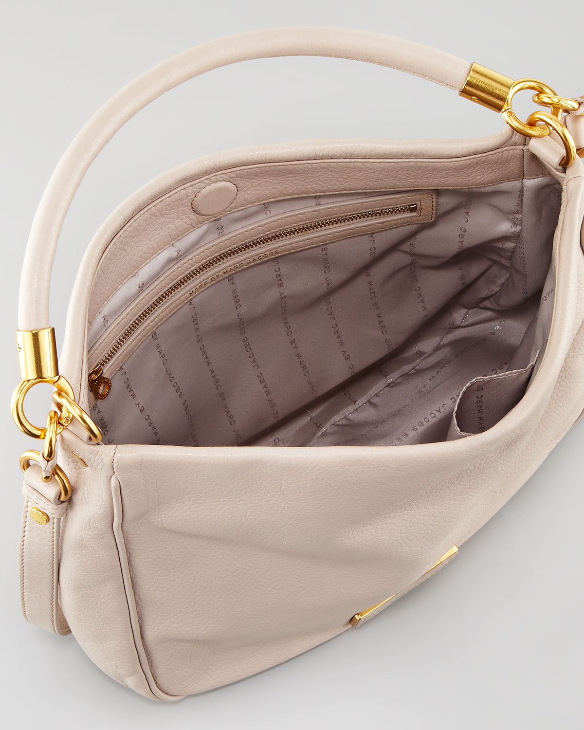 Marc by marc jacobs Too Hot To Handle Hobo Bag Cream in Natural | Lyst