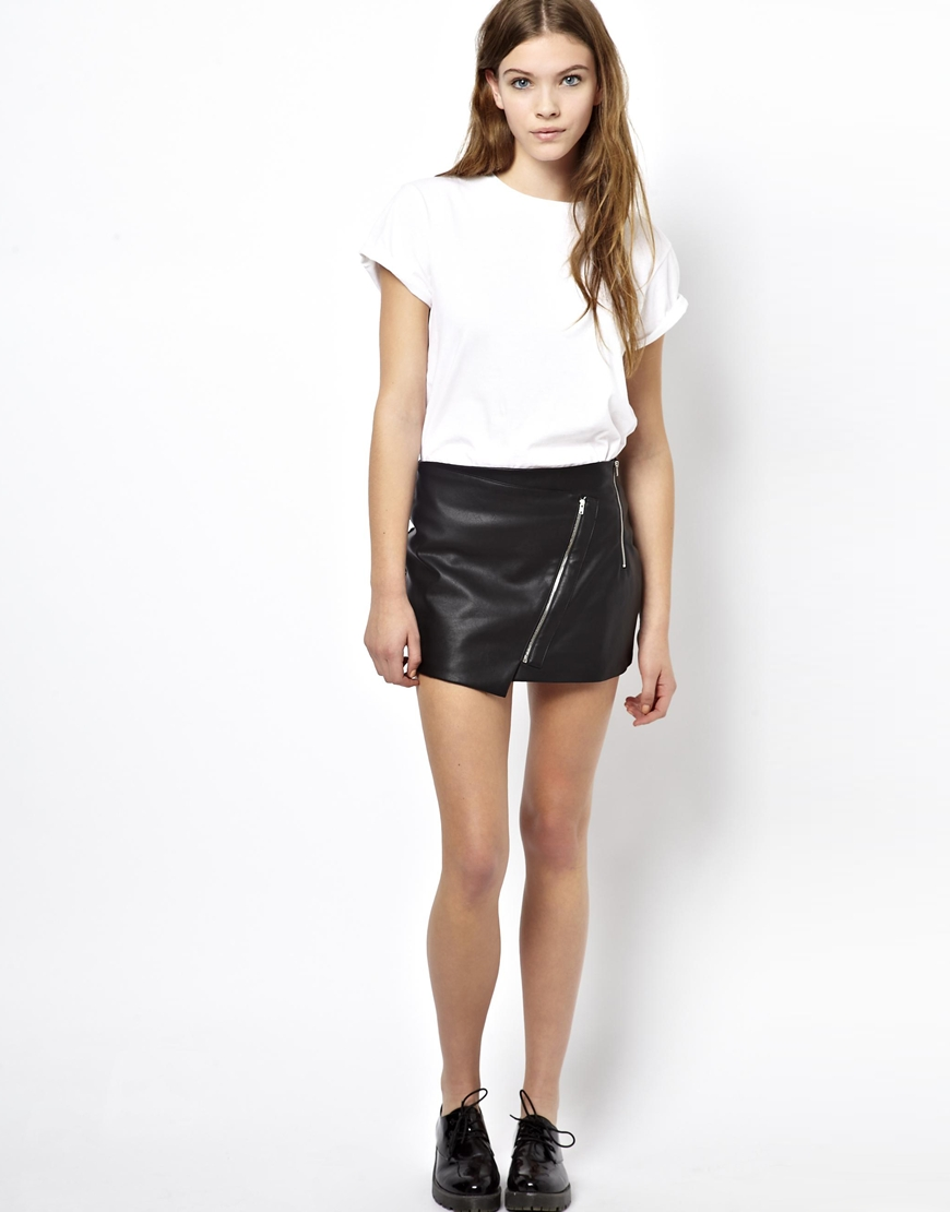 Pull&bear Pullbear Leather Look Zip Skirt in Black | Lyst