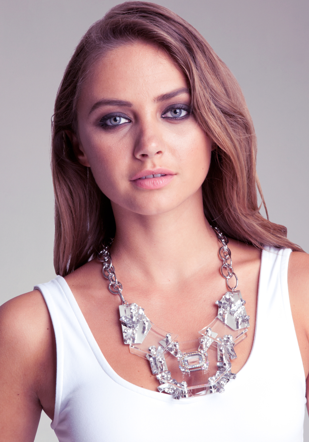 Bebe Lucite Statement Necklace in Silver (Metallic)