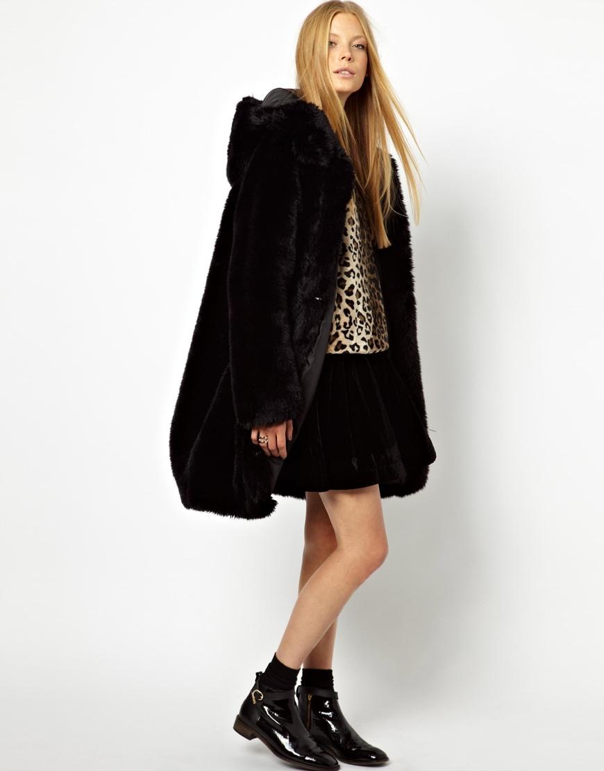 Monki Hooded Fur Coat in Black | Lyst