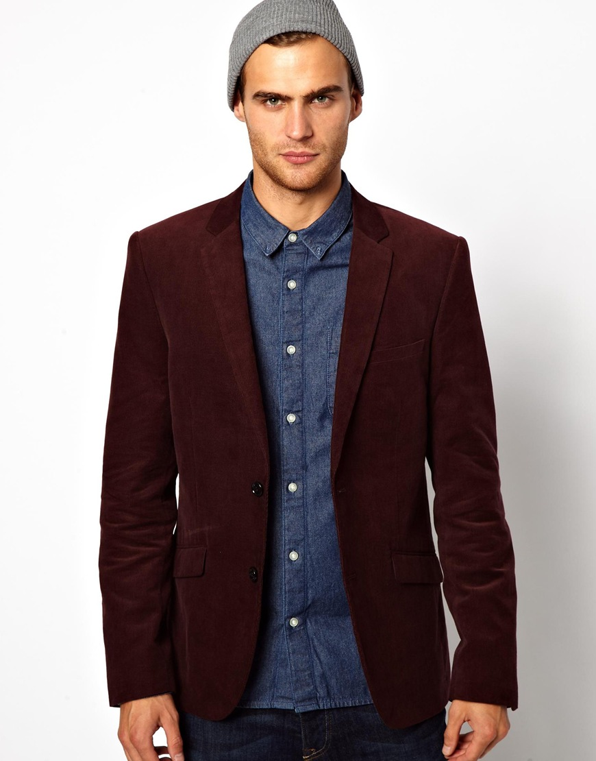 Corduroy Blazers are essential for a man's fall wardrobe. Choose among different fabrics and corduroy widths. All of our corduroy blazers are tailored and fits perfectly according to your measurements.
