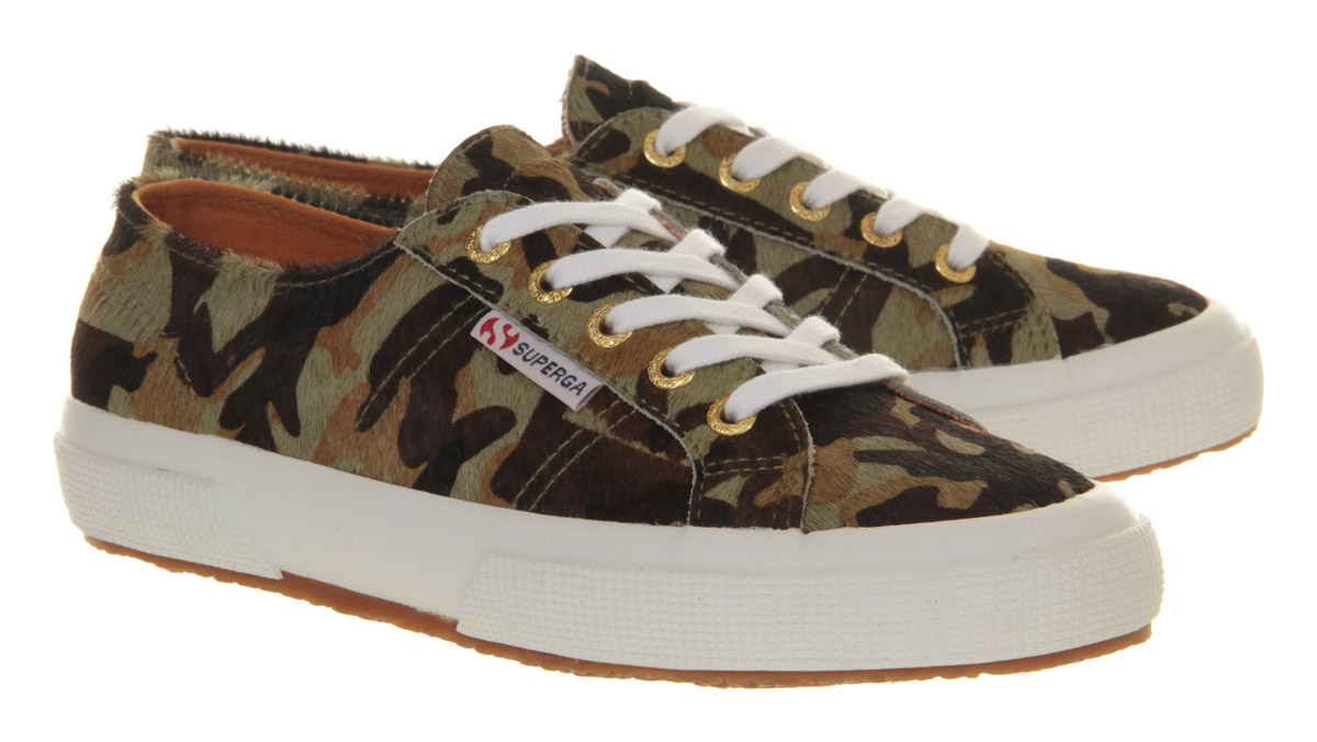 Superga Low in Army (Green) - Lyst