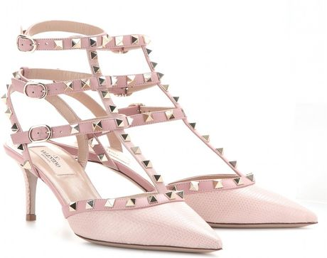valentino rockstud patentleather kitten heel pumps in pink rose lyst. Black Bedroom Furniture Sets. Home Design Ideas