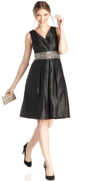 Js Boutique Sleeveless Sequined Beaded A-Line Dress in Silver (Black