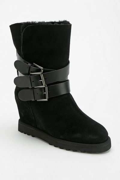 outfitters ash yes buckle wedge boot