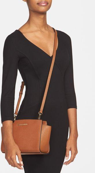 Michael Kors Selma Medium Shoulder Bag 84