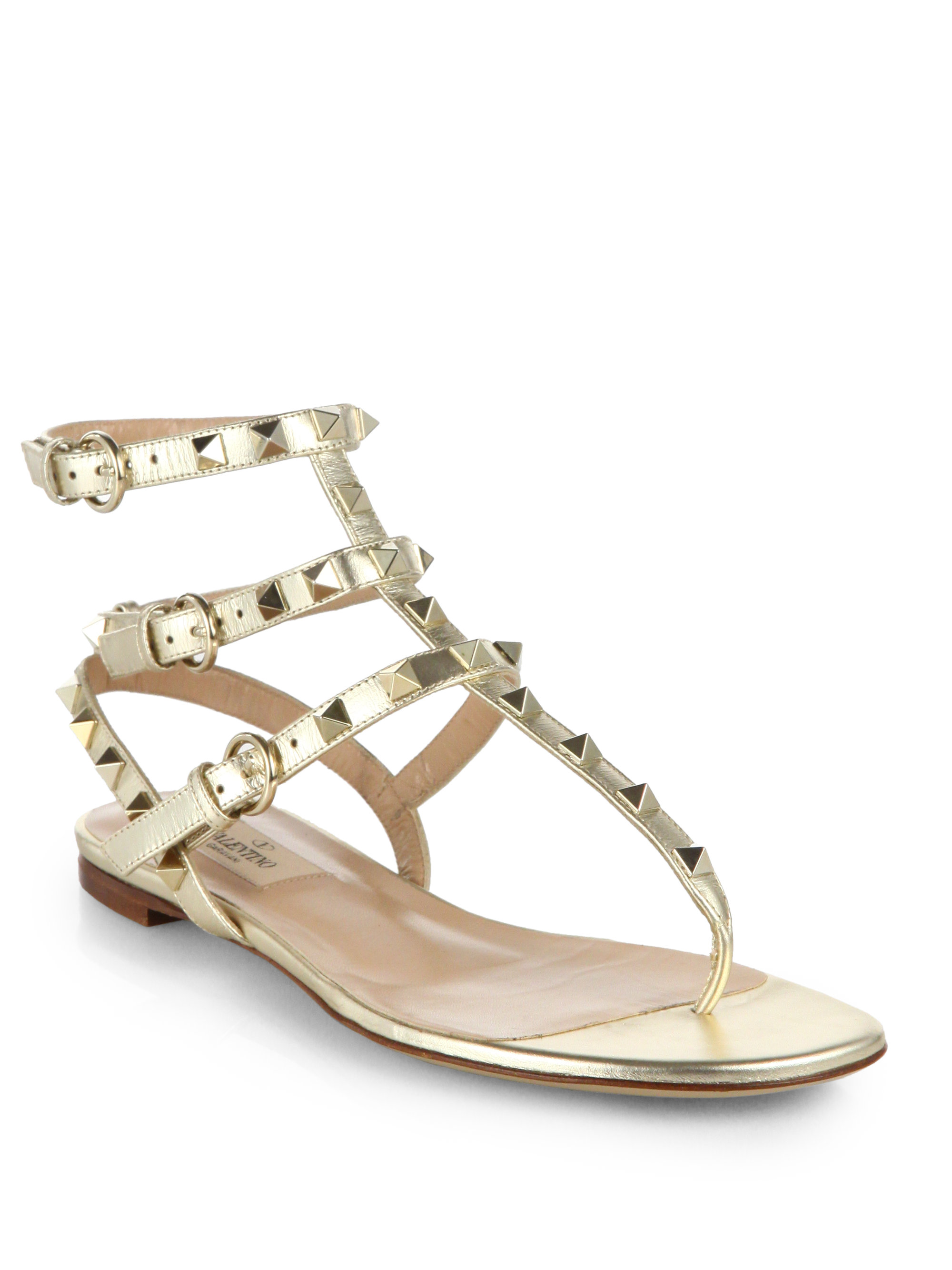 Lyst - Valentino Rockstud Metallic Leather Thong Sandals in Metallic