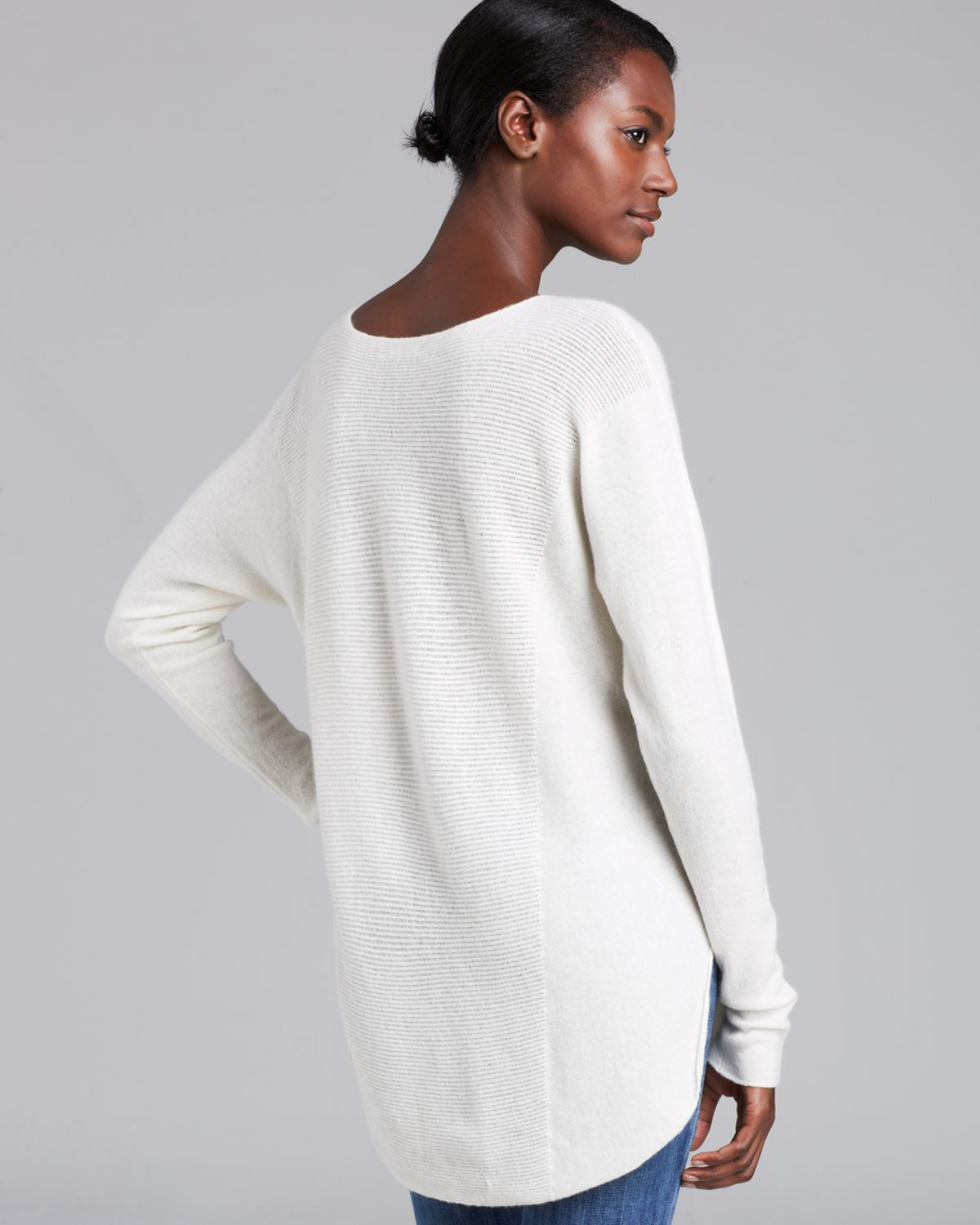 9835376ae2 Vince Sweater Shirttail Cashmere in White - Lyst