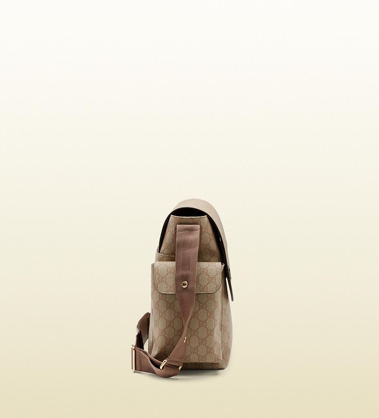 d2876a8b6513 Gucci Gg Supreme Canvas Messenger Diaper Bag in Natural for Men - Lyst