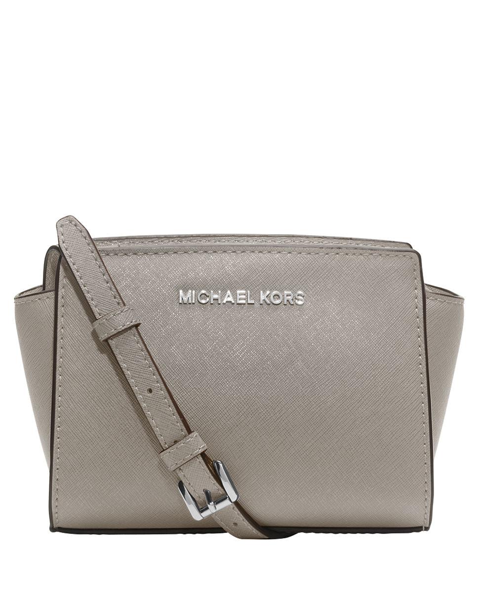Laukut Michael Kors : Michael kors selma mini messenger bag car