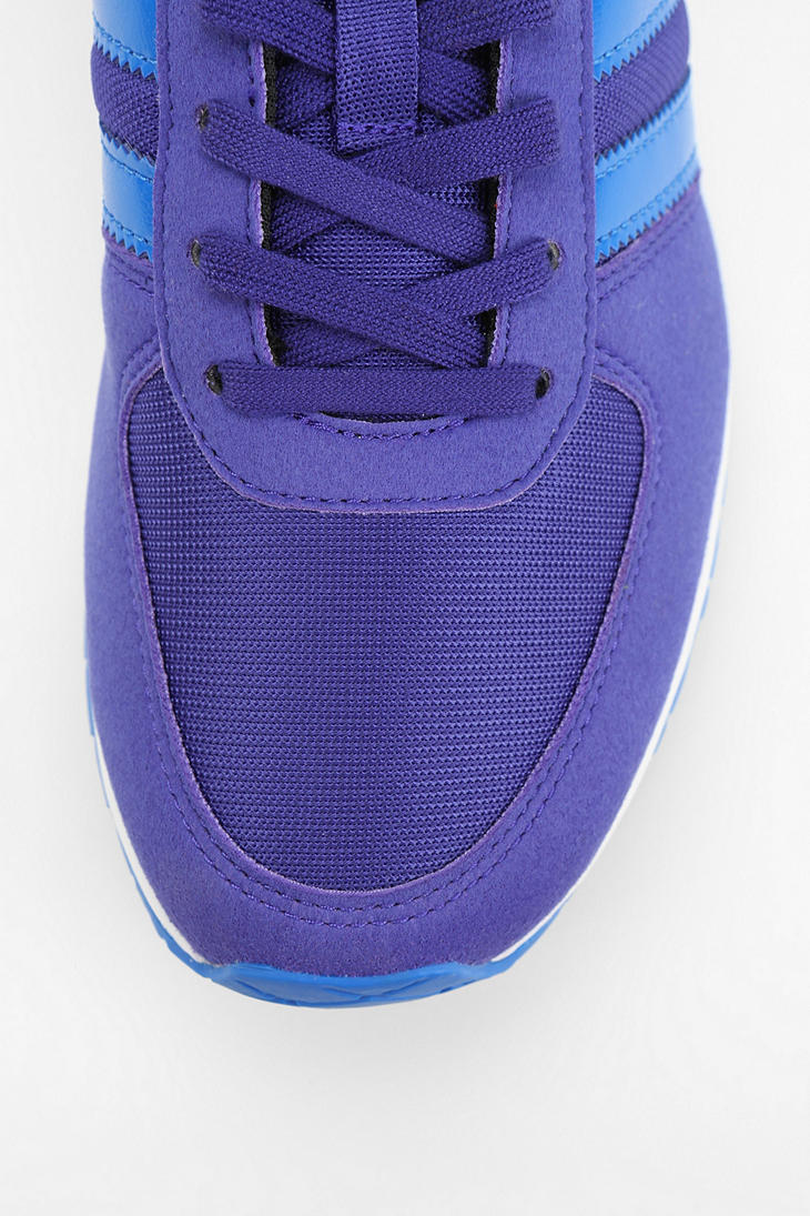 official photos 96a20 1f8d6 Gallery. Previously sold at Urban Outfitters · Mens Running Sneakers ...
