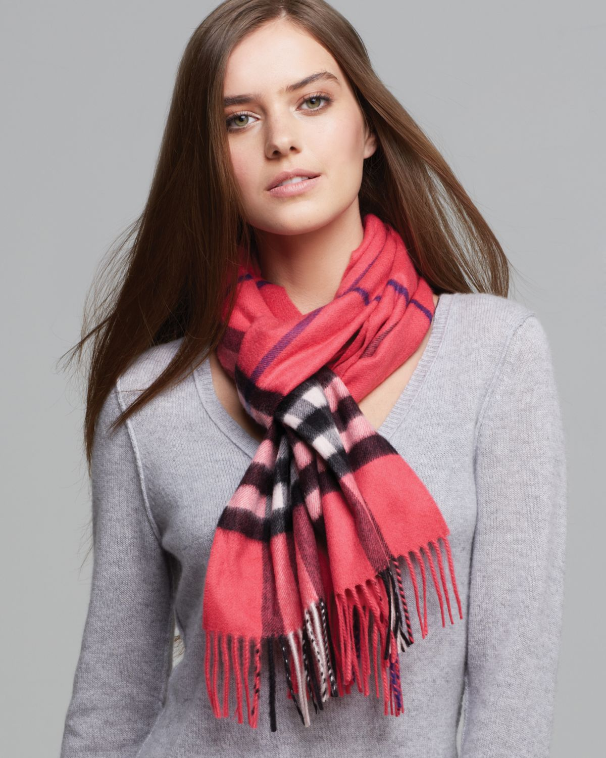 Burberry Giant Check Cashmere Scarf In Bright Rose Check