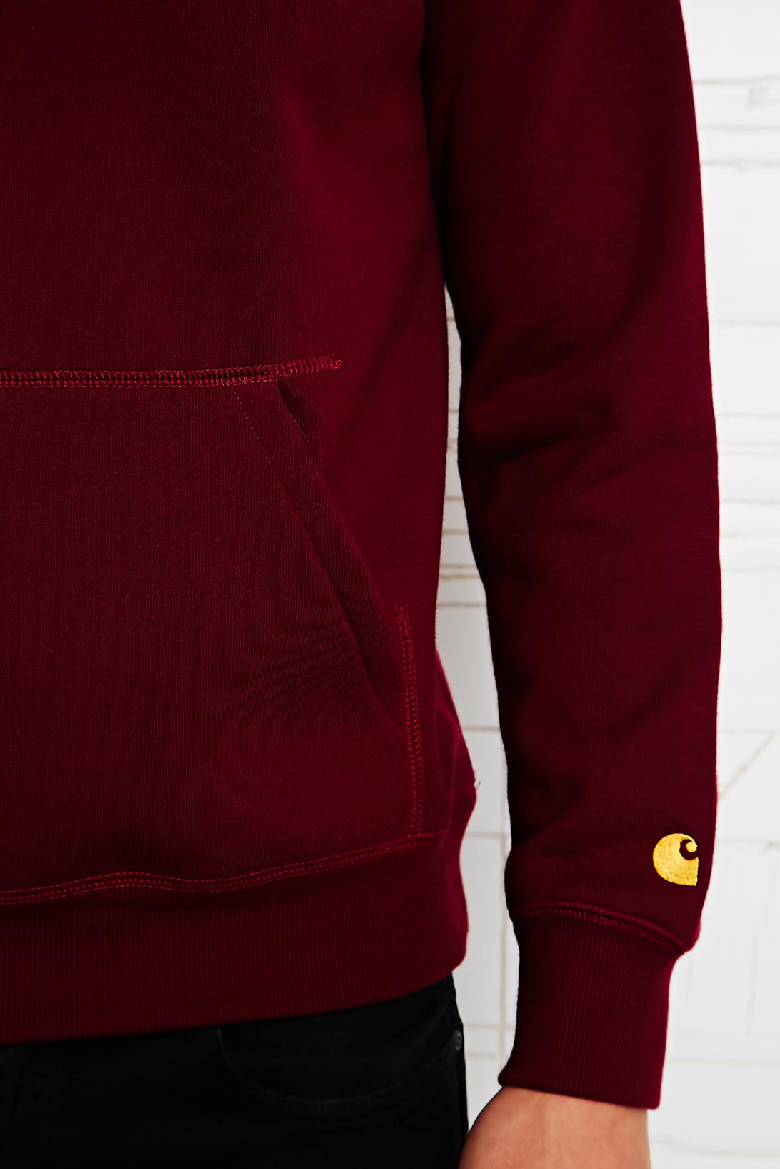 Carhartt Hooded Chase Sweatshirt in Cranberry in Plum (Red) for Men