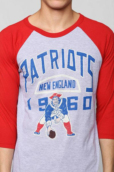 Urban Outfitters Junk Food Nfl New England Patriots Raglan Tee in Red