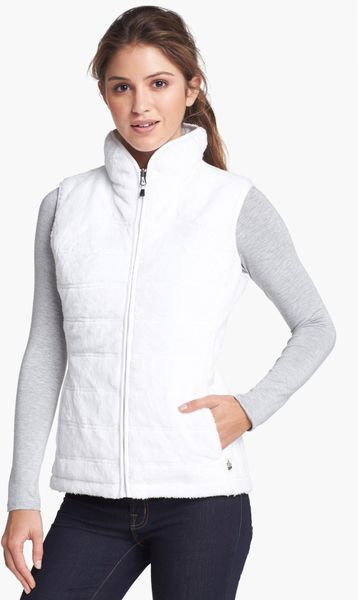 The North Face Mossbud Insulated Reversible Vest In White