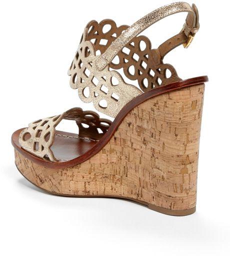Tory Burch Nori Metallic Leather Wedge Sandal In Gold