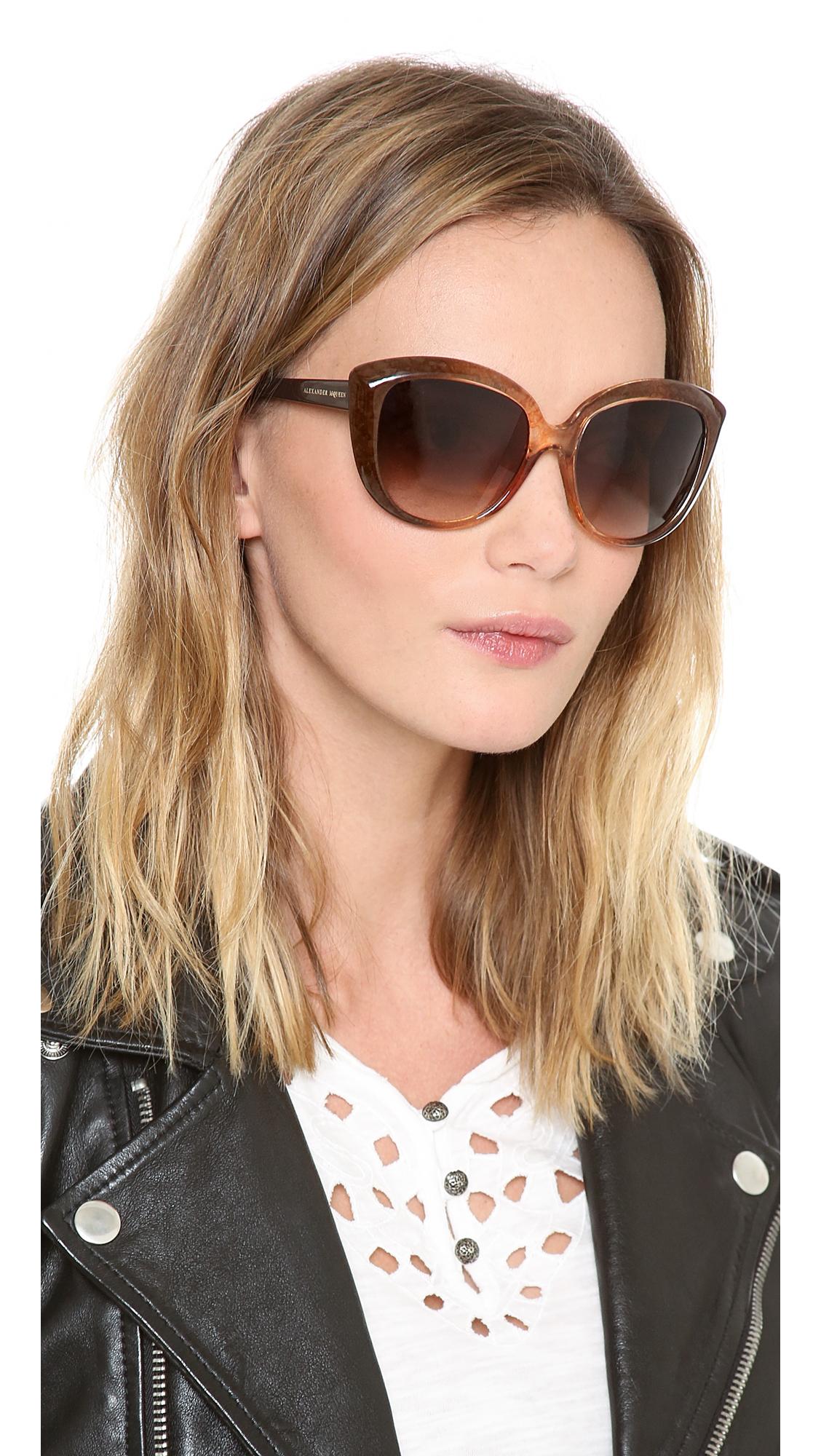 220c39233c Lyst - Alexander McQueen Cat Eye Sunglasses in Brown