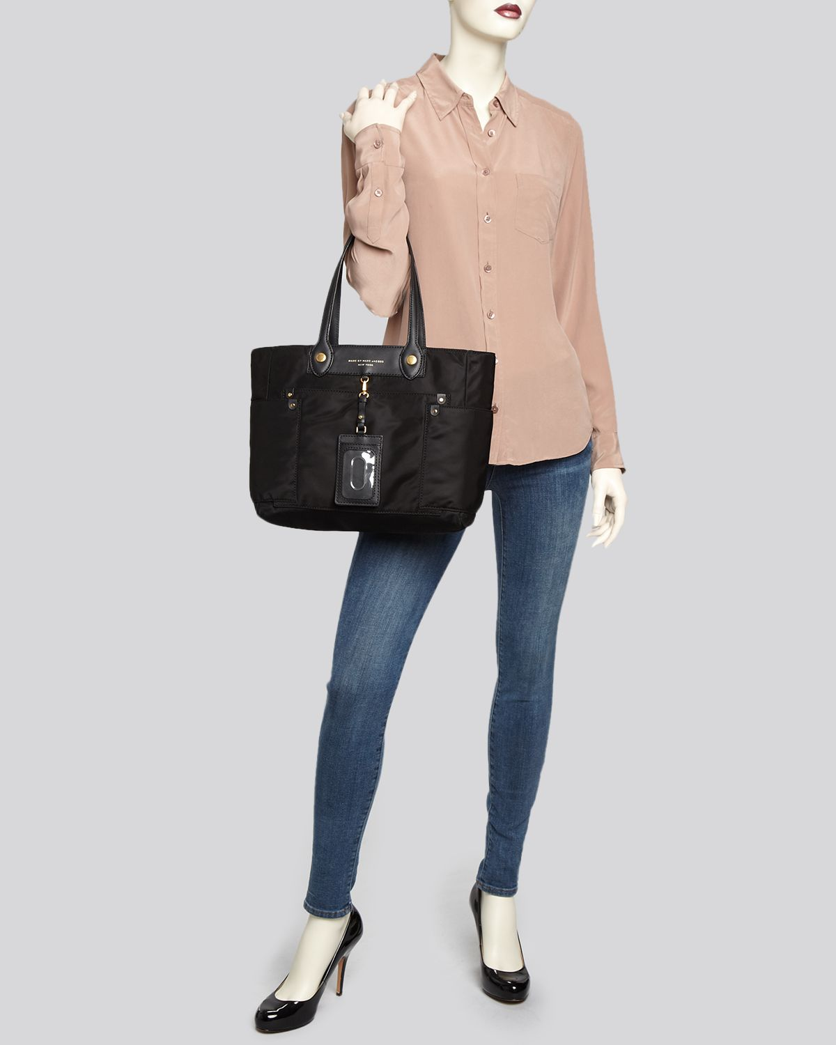 Marc By Marc Jacobs Tote Preppy Nylon Clara in Brown
