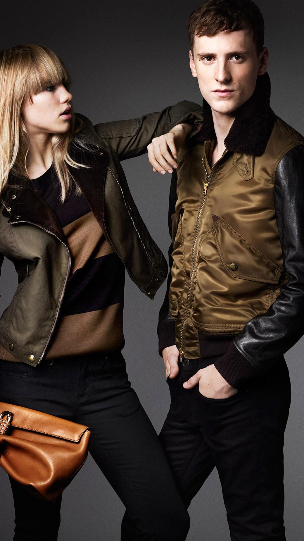 Burberry Contrast Sleeve Flight Jacket In Olive Brown
