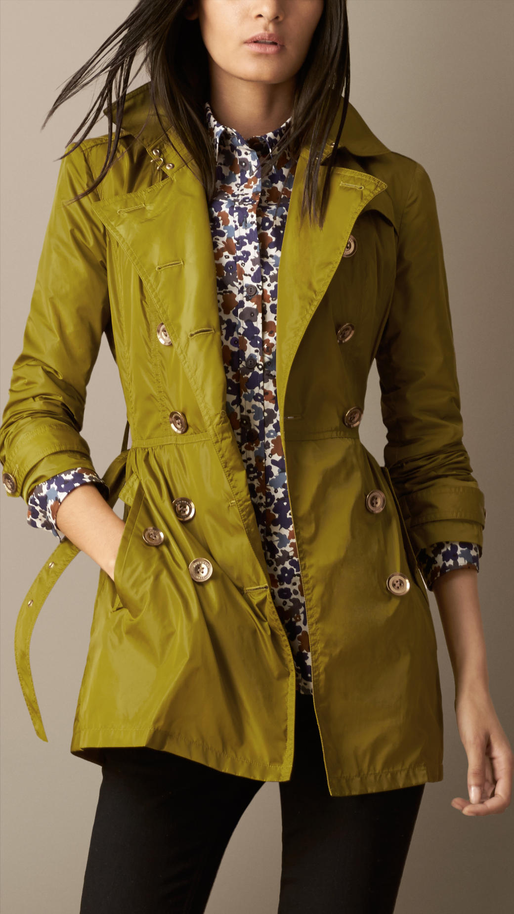 Lyst Burberry Short Gathered Waist Trench Coat In Green