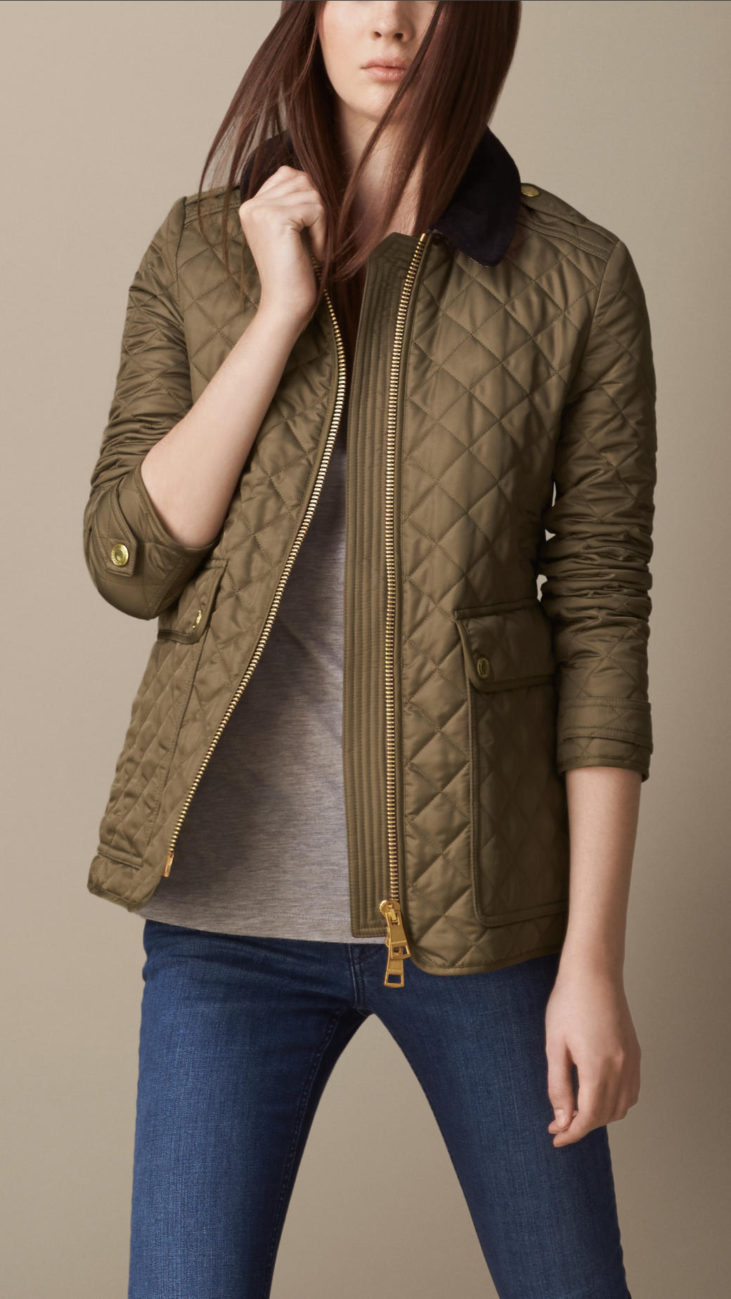 https://cdna.lystit.com/photos/2013/12/03/burberry-military-khaki-corduroy-collar-quilted-jacket-product-1-15766950-050929027.jpeg