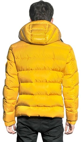 Moncler Hymalay Micro Lux Down Jacket In Yellow For Men