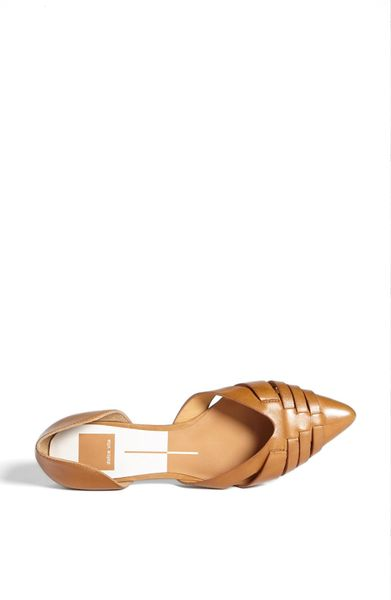 Dolce Vita Alpha Leather Flat In Brown Caramel Leather