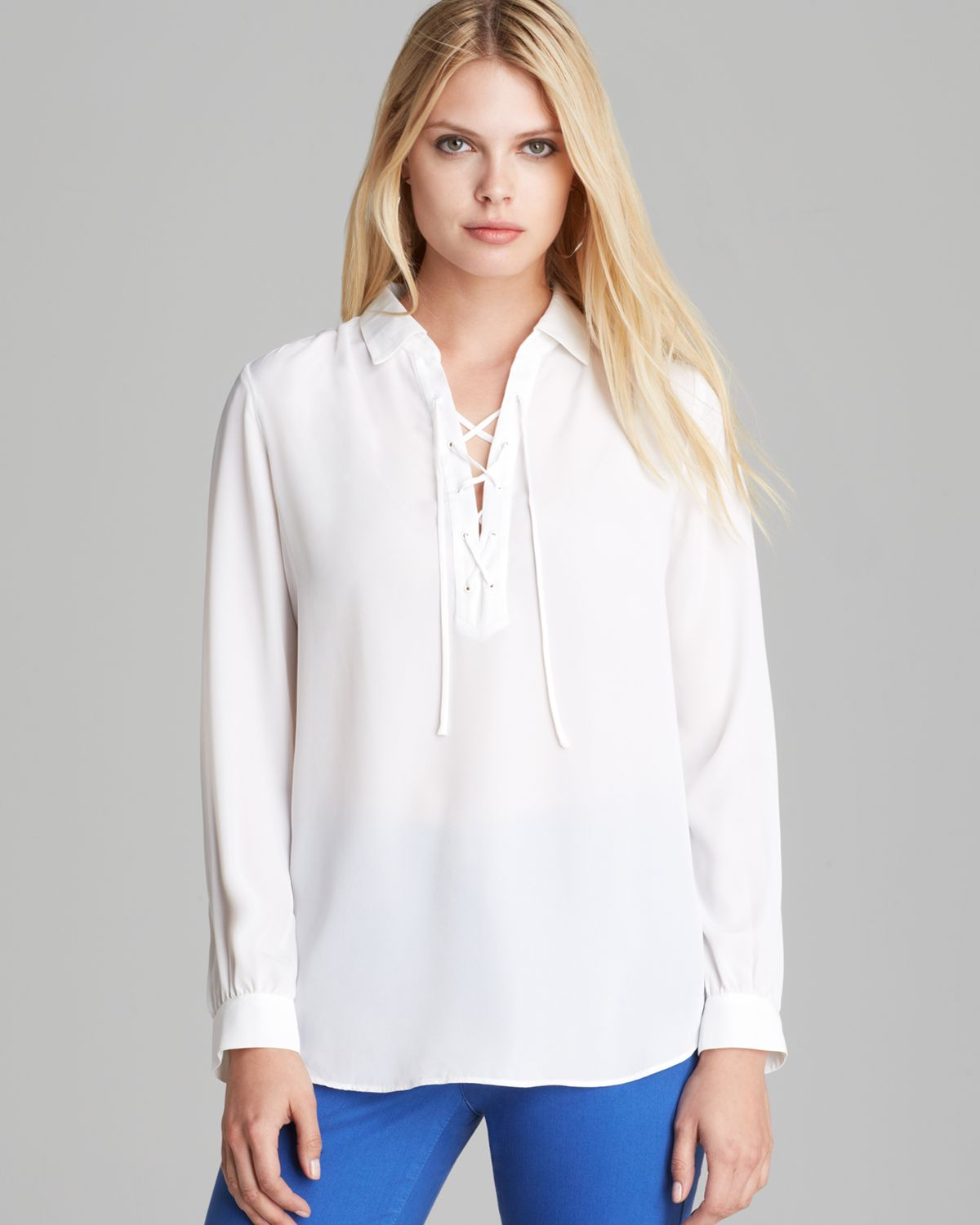 Nydj Lace Up Blouse in White | Lyst
