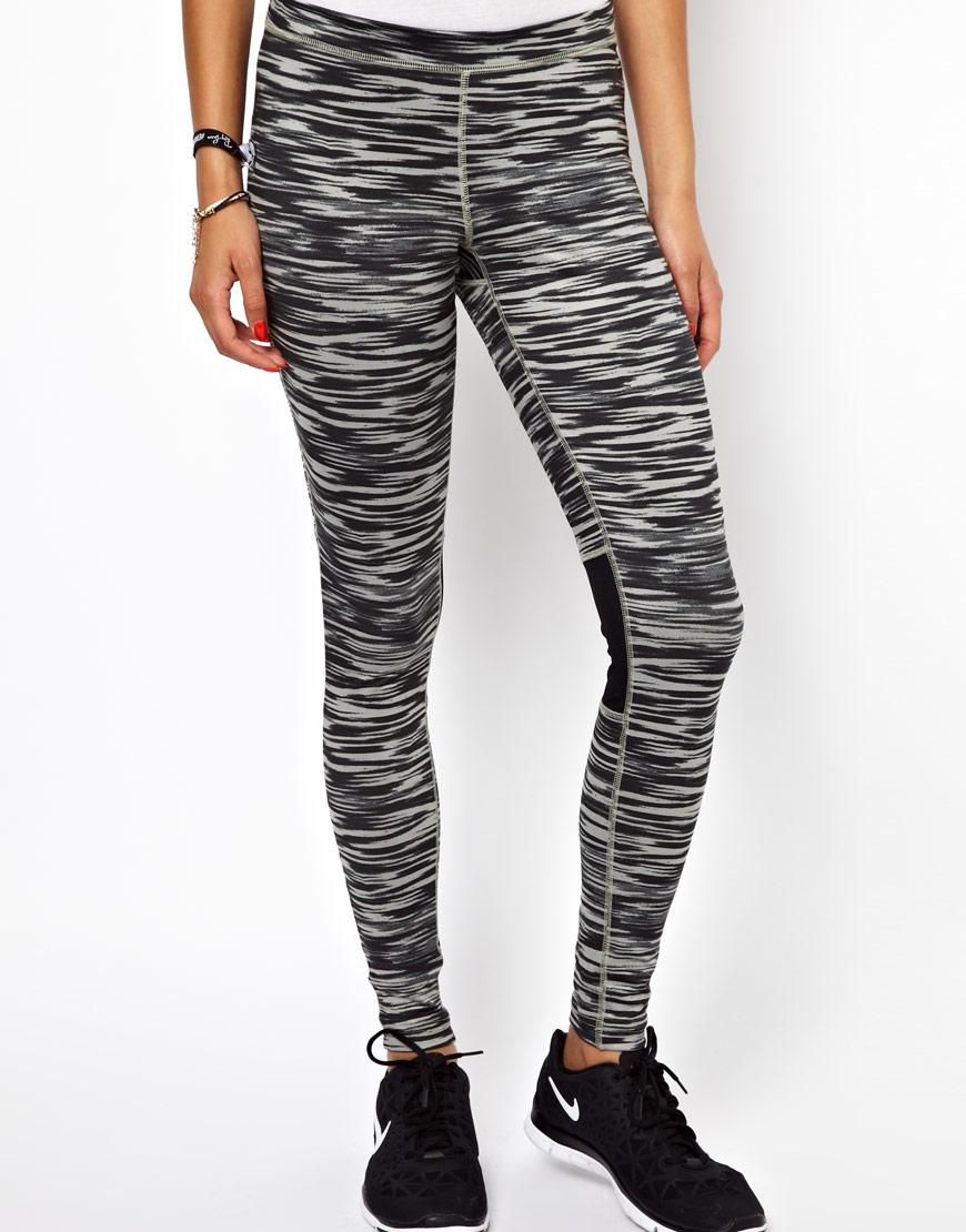 nike 3 stripe leggings