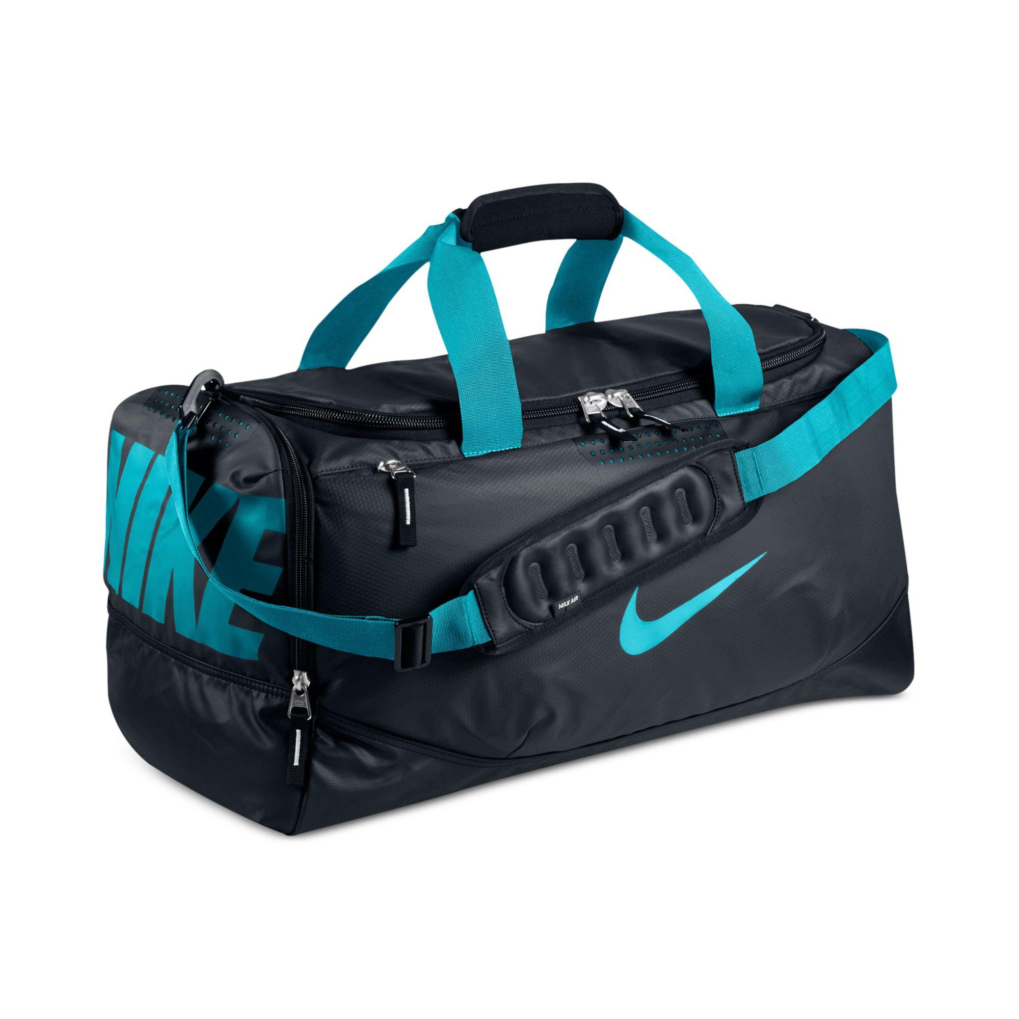 b33a5b056a Lyst - Nike Water Resistant Team Training Medium Duffle Bag in Blue ...